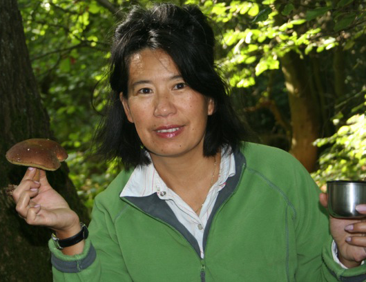 Lei Zhou An (RCHM) is an acupuncturist and herbalist, Notting Hill Gate, London